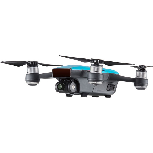 DJI Spark (Sky Blue) Fly More Combo Фотография 1